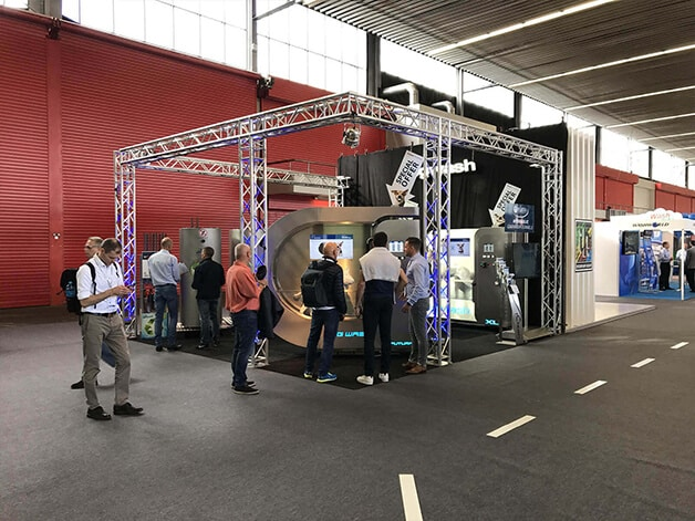 10-Car-Wash-Show-2017-in-Amsterdam-The-Netherlands